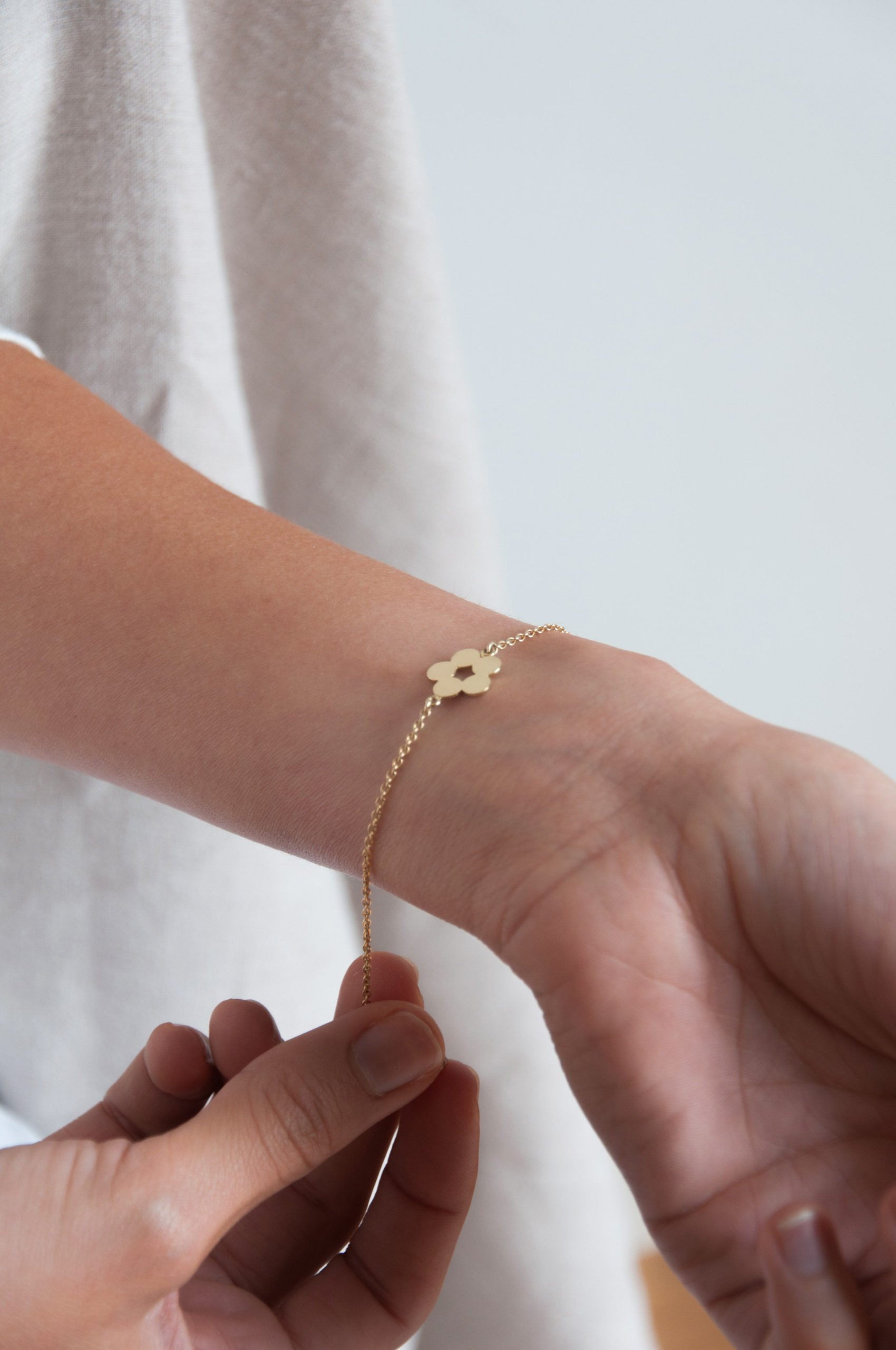 Gold Flora bracelet